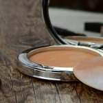 Cosmetic powders used in particle size analysis